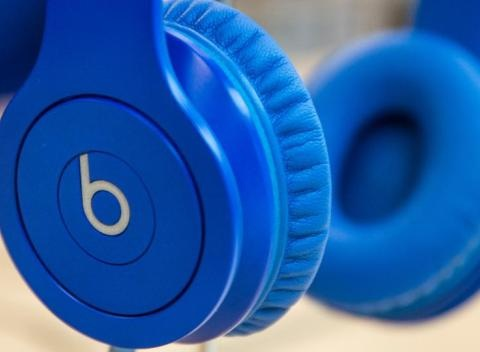 News video: Bose Picks A Patent Fight With Apple's Beats Over Noise-Cancelling Headphones